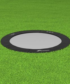 Primus-Flat_round_Black_on_grass_12